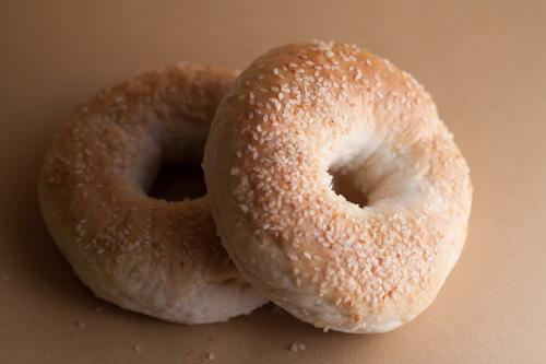 sesame seed bagels 3