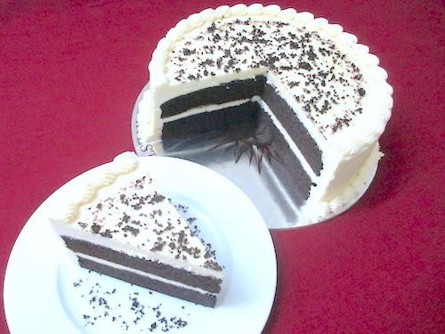Black and White Chocolate Cake 1