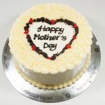 mothers-day-white-cake