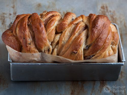 Cinnamon Raisin Swirl Bread (Loaf)